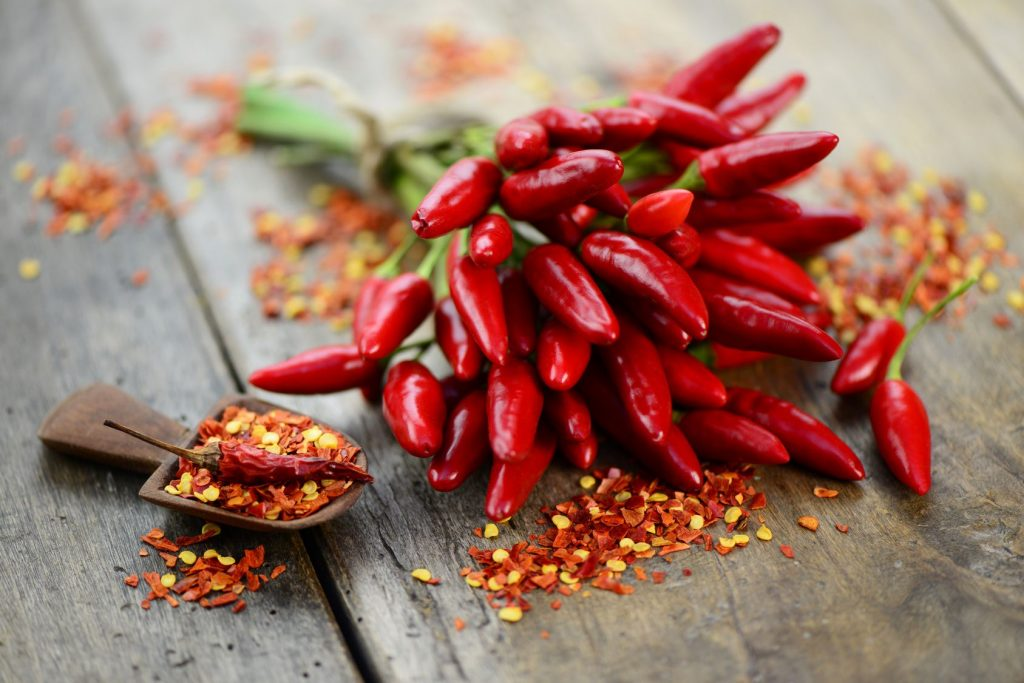 Chili peppers help burn calories