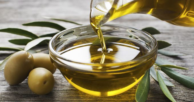 Eat less and effortlessly with olive oil
