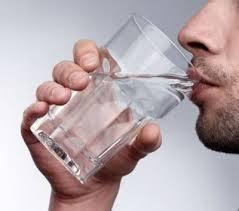 regime-naturel-boire-de-eau-chaude-a-jeun5