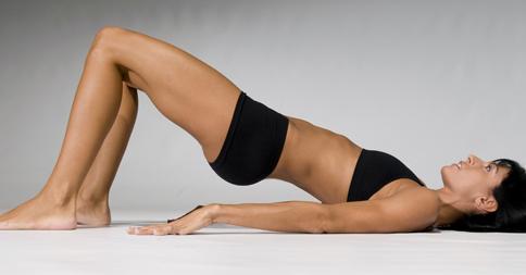 Exercices-hyper-simples-pour-abdos-fessiers-ventre7