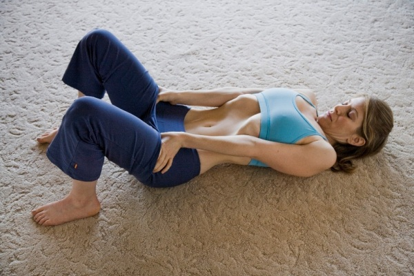 Vide dans le ventre : Ayez une taille plus mince et un ventre plat avec ce simple exercice